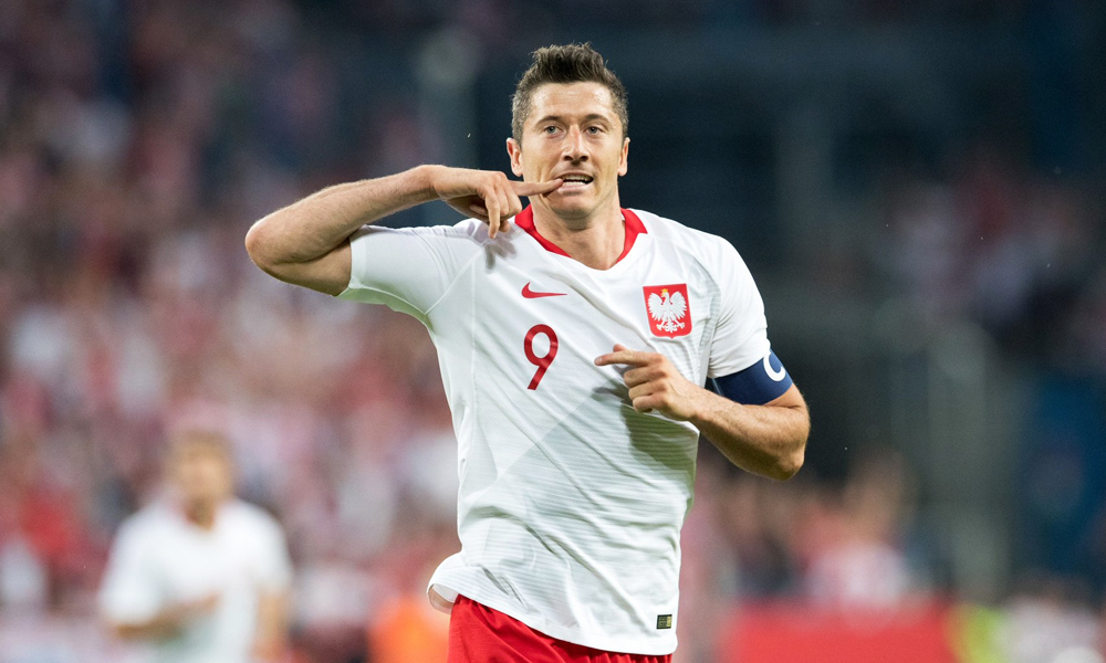 the latest 9e3a9 ffc19 Lewandowski Leads Poland over Lithuania in Final World Cup ...